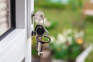 sleutel in deurslot
